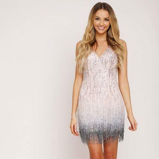Abendkleider & Cocktailkleider für jeden Anlass | unique online-shop