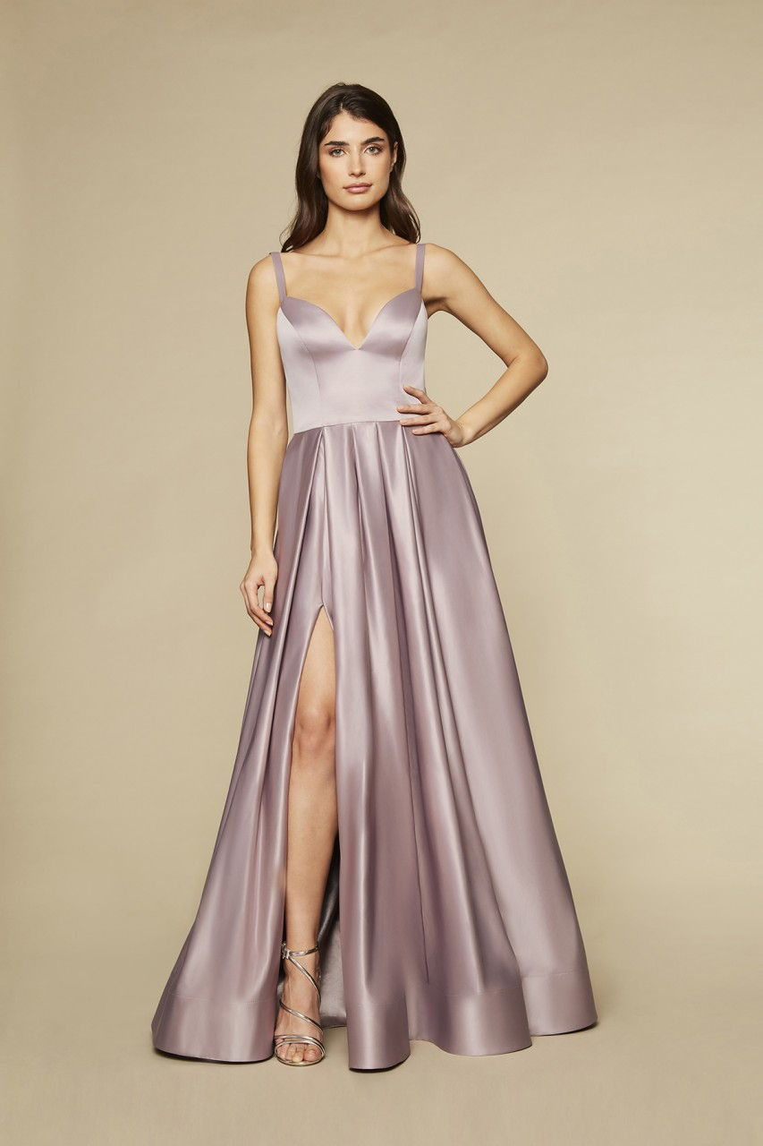 SILKY BRILLIANCE GOWN